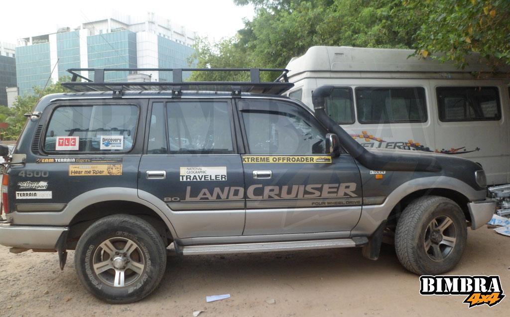 Land-Cruiser7